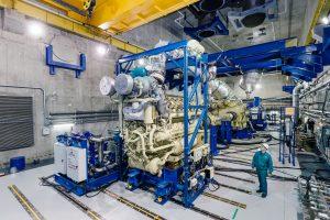 Дизель-газотурбинный агрегат М55Р в сборочно-испытательном комплексе ПАО __ОДК-Сатурн__
